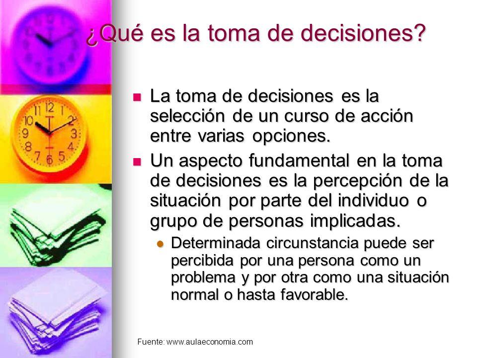 ¿Qué es la toma de decisiones? La toma de decisiones es la selección de un curso de acción entre varias opciones. La toma de decisiones es la selecció