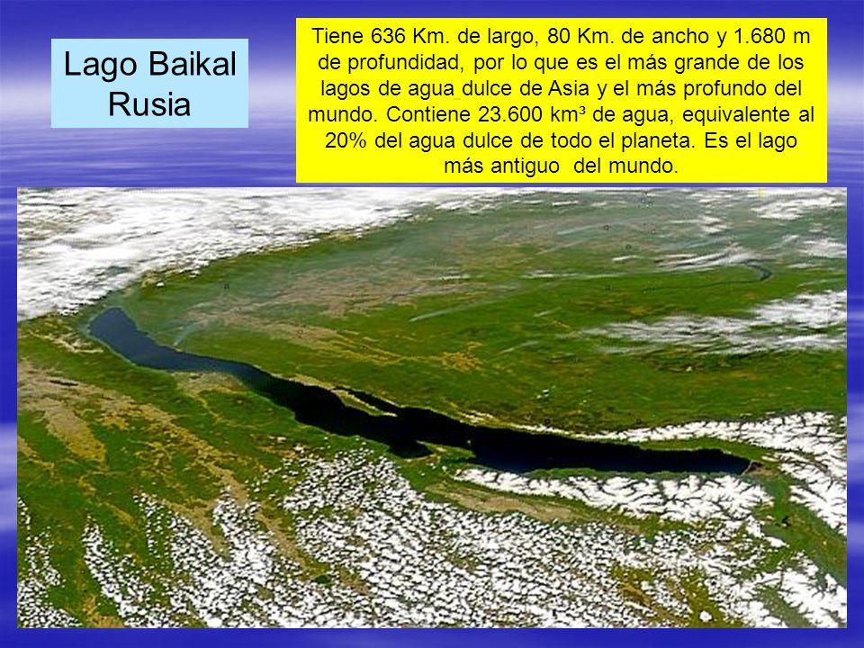 Lago Baikal Rusia Tiene 636 Km. de largo, 80 Km. de ancho y 1.680 m de profundidad, por lo que es el más grande de los lagos de agua dulce de Asia y e
