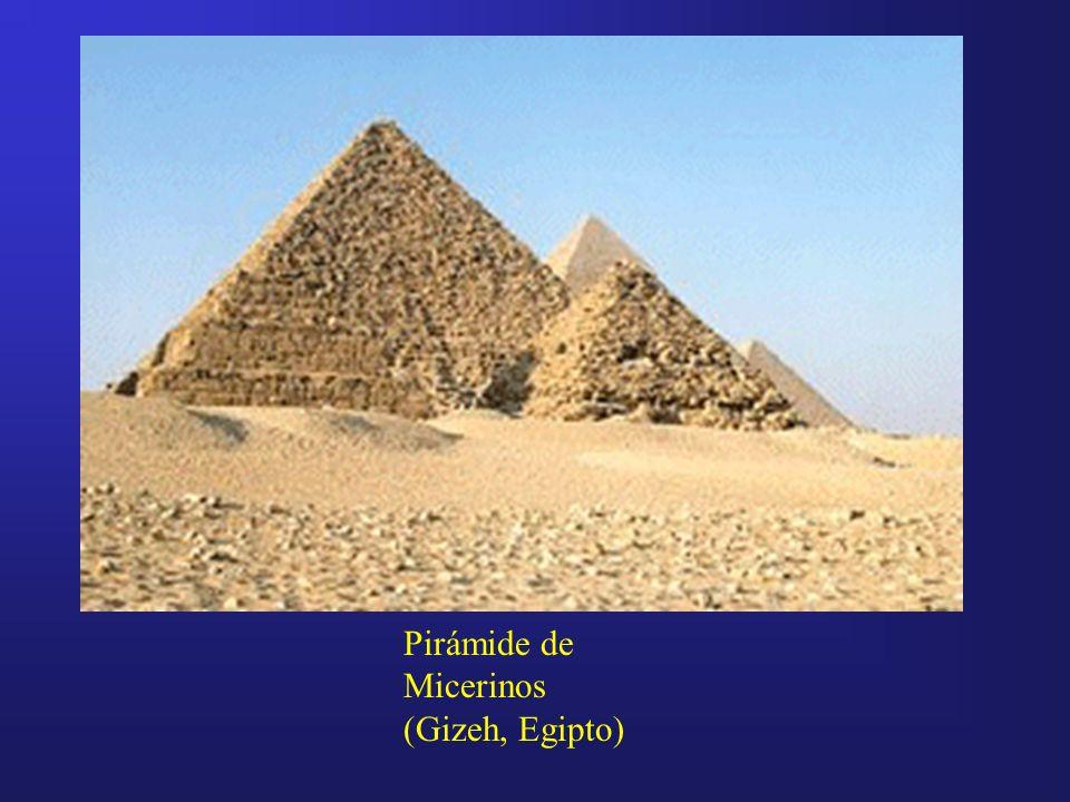 Pirámide de Micerinos (Gizeh, Egipto)