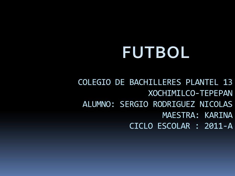 F Fútbol El fútbol, también llamado futbol, balompié o soccer, es un deporte de equipo jugado entre dos conjuntos de 11 jugadores cada uno y un arbitro que se ocupa de que las normas se cumplan correctamente.