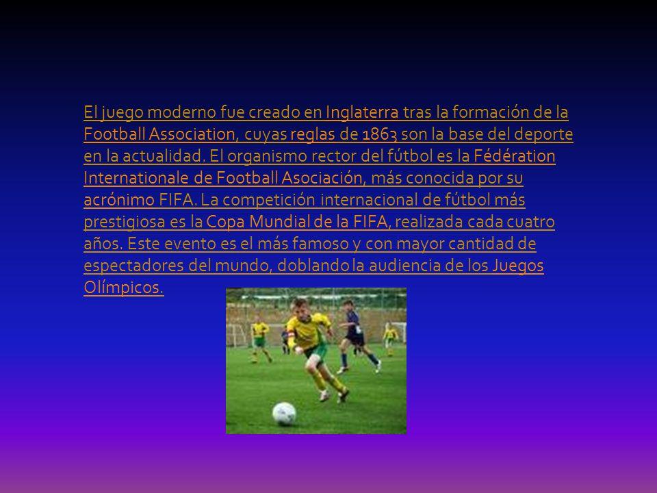 Naturaleza del juego El fútbol se juega siguiendo una serie de reglas, llamadas oficialmente reglas de juego.