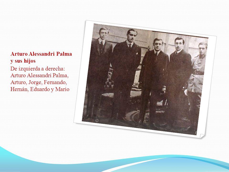 Arturo Alessandri Palma y sus hijos De izquierda a derecha: Arturo Alessandri Palma, Arturo, Jorge, Fernando, Hernán, Eduardo y Mario