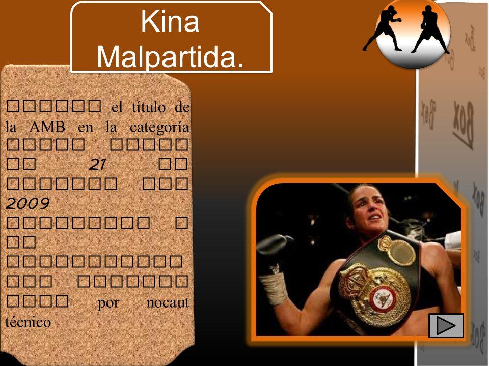 Obtuvo el título de la AMB en la categoría super pluma el 21 de febrero del 2009 venciendo a la estadounide nse Maureen Shea por nocaut técnico Kina M