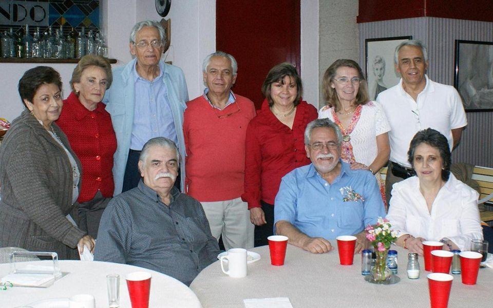 Familia de José Luis Rodríguez Ezeta: De izq a der: Germán Stuh Rodríguez (sobrino), Luis Galindo Rodríguez (sobrino), Maria Eugenia Rodríguez (hermad