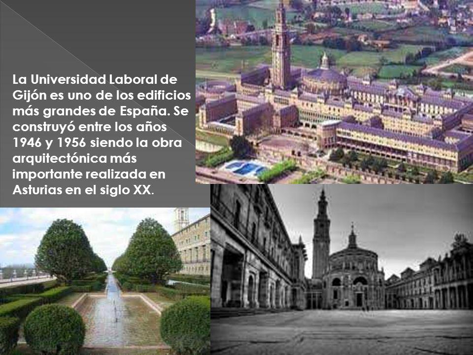 ELOGIO DEL HORIZONTE Gijón desde allí: Gijón late tras El Elogio, que se yergue sobre un antiguo emplazamiento militar recuperado en los años ochenta por la ciudad.