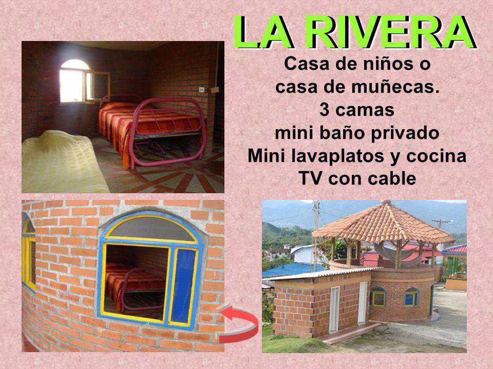 Casa de niños o casa de muñecas. 3 camas mini baño privado Mini lavaplatos y cocina TV con cable LA RIVERA