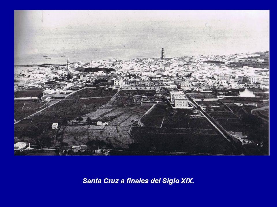 Finales del Siglo XIX. Entrada a la Alameda del Duque Santa Elena. A la derecha los Baños de Ruiz.
