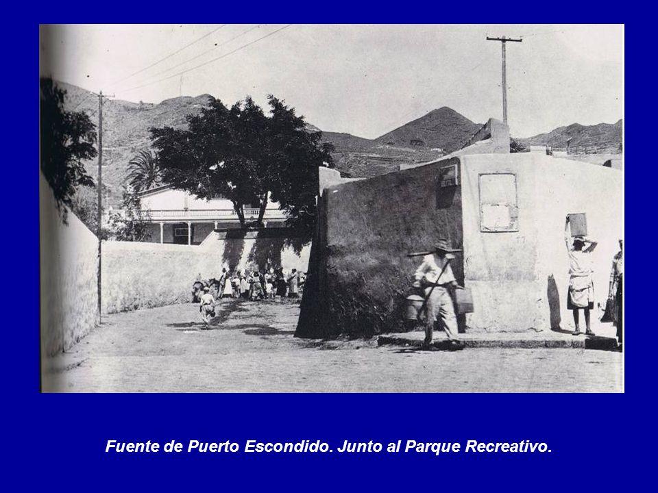 Fuente de Puerto Escondido. Junto al Parque Recreativo.