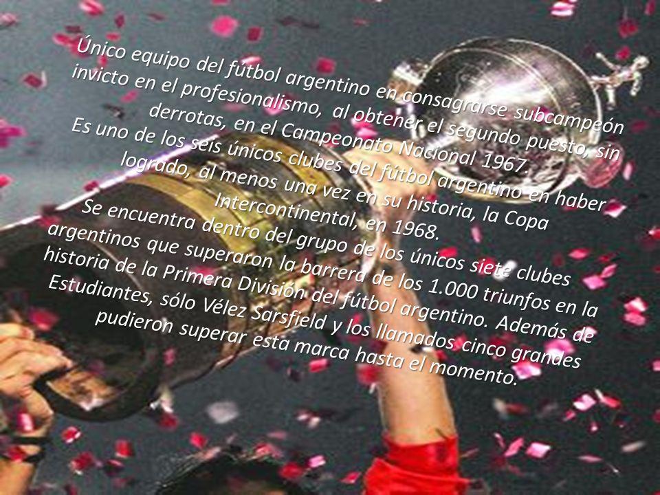 Primer equipo en romper con la hegemonía de títulos de los denominados cinco grandes, al consagrarse campeón del fútbol argentino del Campeonato Metro