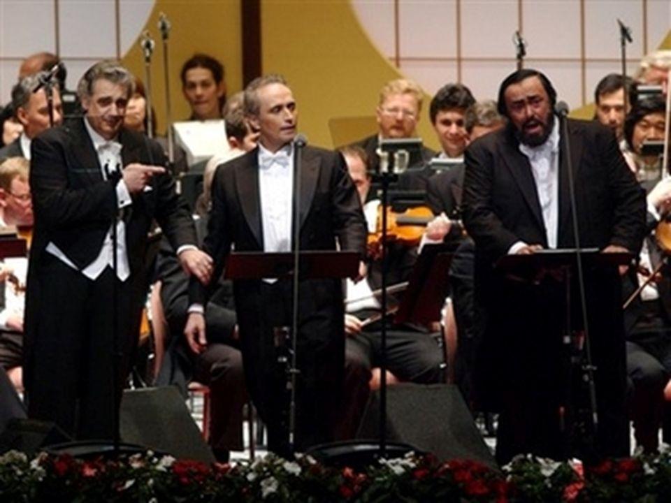 Las actuaciones junto a sus colegas José Carreras y Plácido Domingo bajo el nombre de Los tres tenores marcaron un hito indiscutible en la popularizac