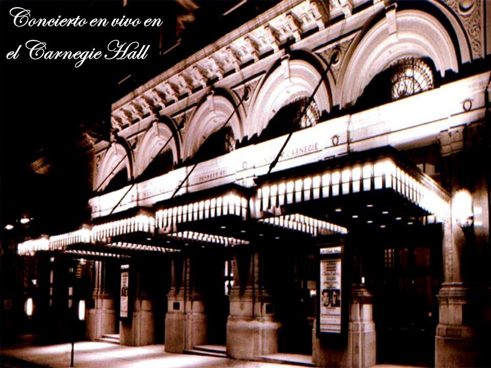 Su discografía incluye colecciones de arias y recitales, un concierto en vivo en el Carnegie Hall, antologías de canciones napolitanas e italianas y v