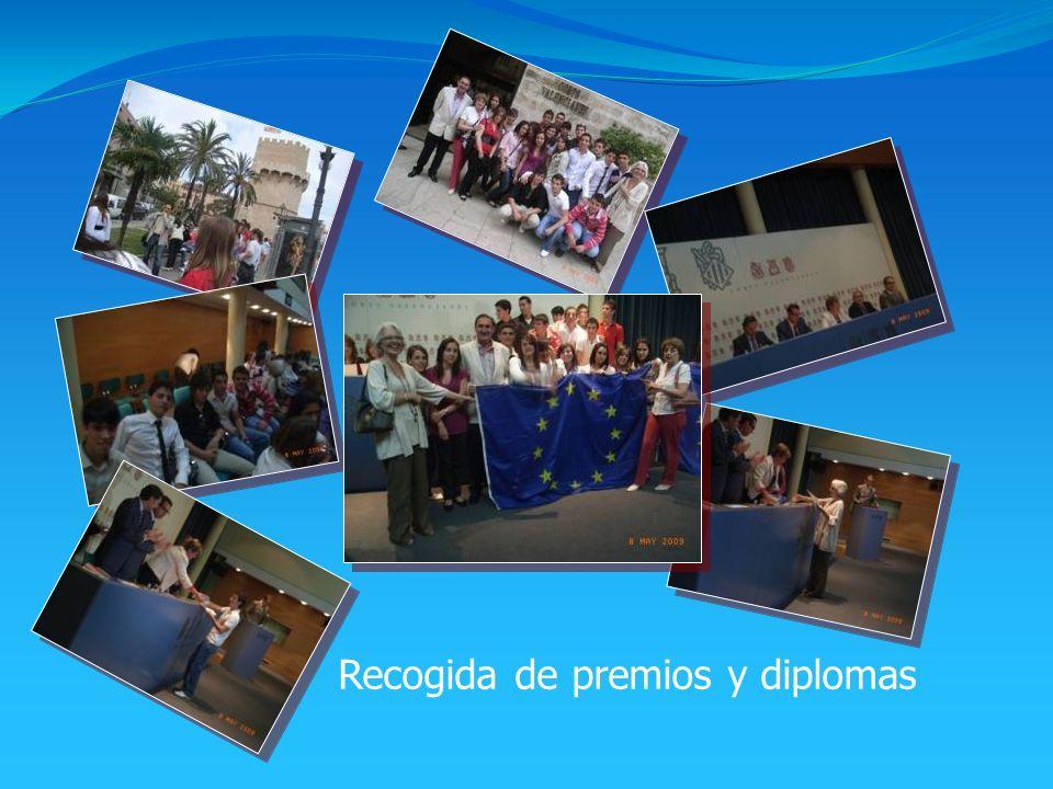 Recogida de premios y diplomas