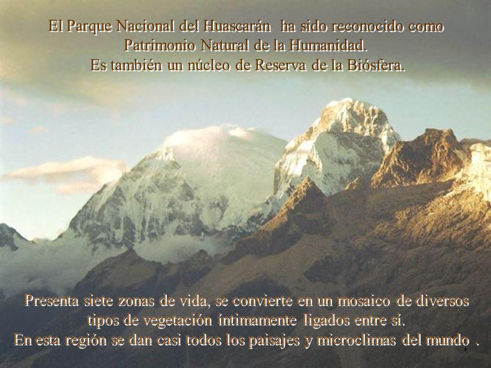 Entre las cimas famosas de la Cordillera Blanca está el pico más alto de Perú y uno de los mayores de América.