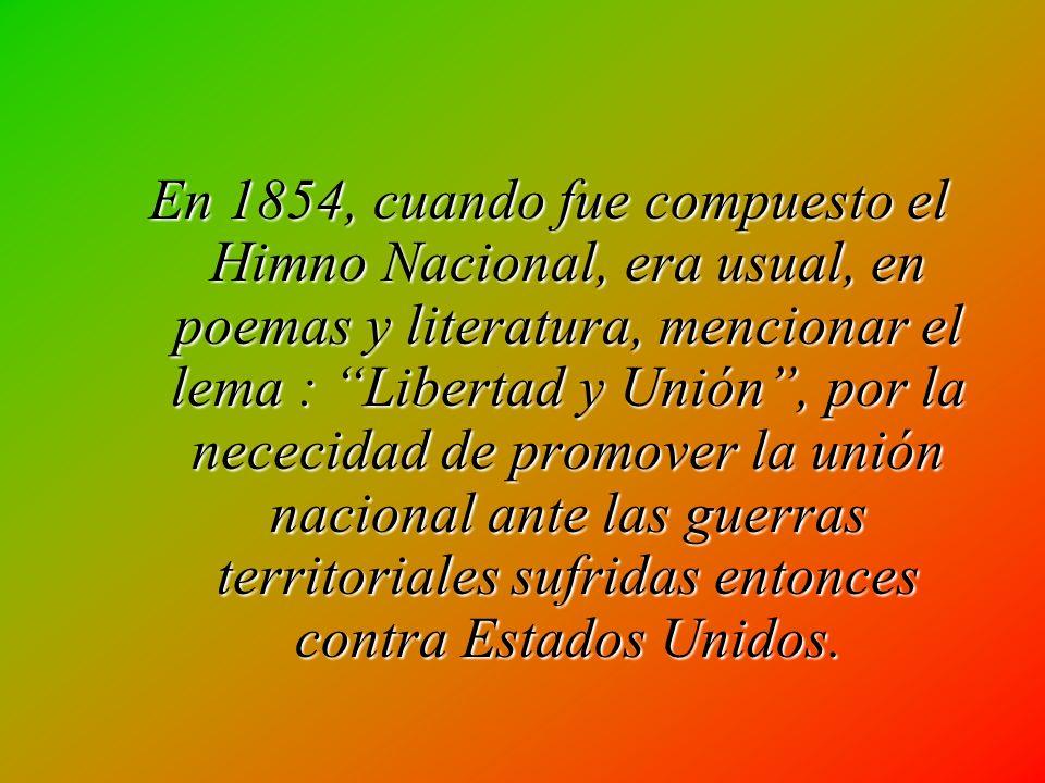 Articulo 45.- La demostracion civil de respeto al Himno Nacional se hará en poscición de firmes. Los varones, con la cabeza descubierta.