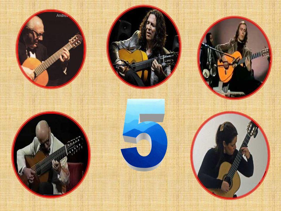 Con tan sólo 16 años gana el premio al Mejor Intérprete de la Provincia de Jaén en el Concurso Internacional de Guitarra Andrés Segovia de Linares. Ha
