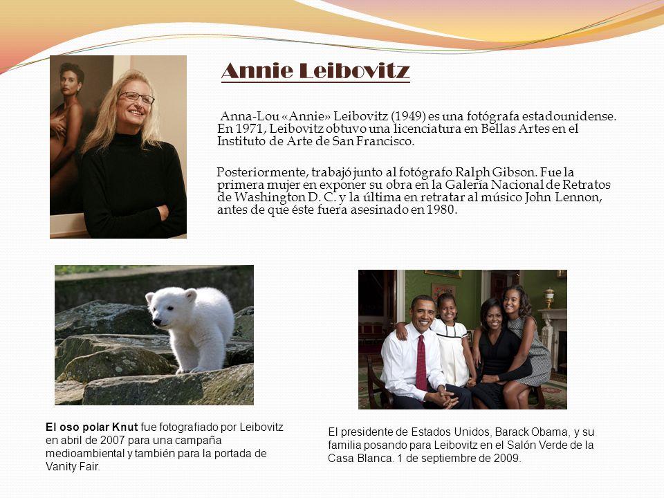 Annie Leibovitz Anna-Lou «Annie» Leibovitz (1949) es una fotógrafa estadounidense. En 1971, Leibovitz obtuvo una licenciatura en Bellas Artes en el In