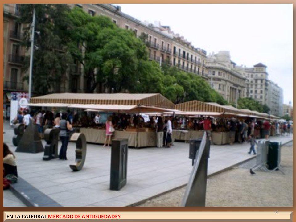 EN LA CATEDRAL MERCADO DE ANTIGUEDADES 18