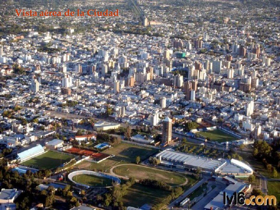 : L LL La historia de la región de Río Cuarto, Provincia de Córdoba, Argentina, se inicia con la presencia de las tribus nómades de los aborígenes Ran