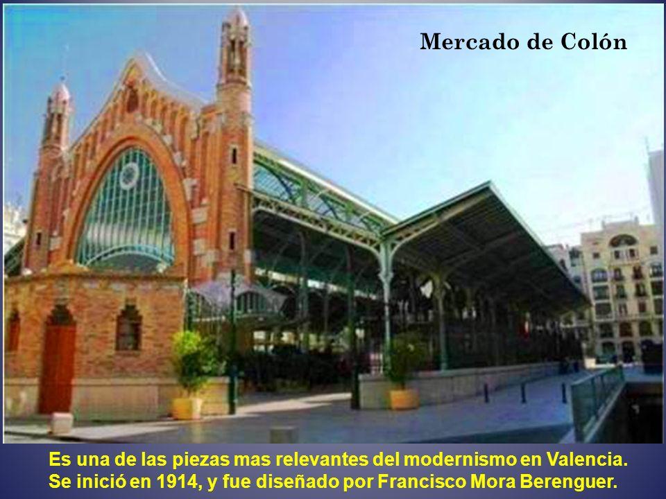 Fachada del Palacio del Marqués de Dos Aguas
