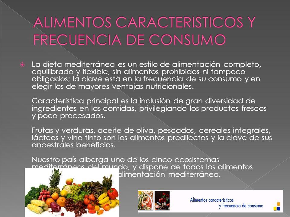 Consuma a diario verduras surtidas y abundantes, incluyendo algunas hortalizas crudas: son ricas en fibra, antioxidantes, vitaminas y minerales.