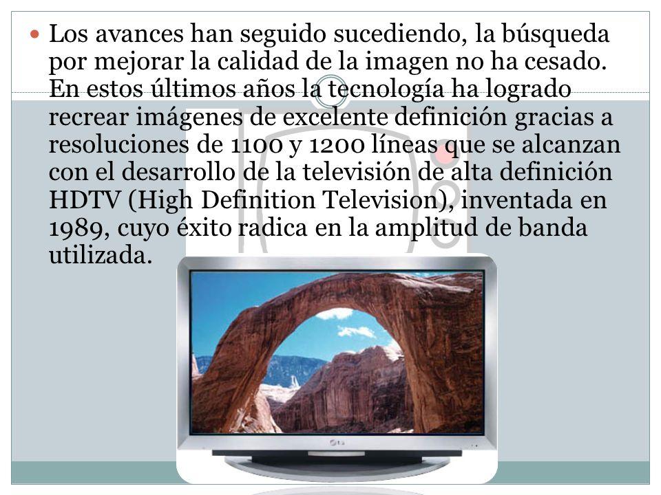 La Televisión en México A partir del año 1934, el ingeniero Guillermo Gonzalez Camarena Realizó experimentos con circuitos cerrados de televisión Desarrolla el sistema tricromático secuencial de campos que hace posible la televisión a color en 1939.