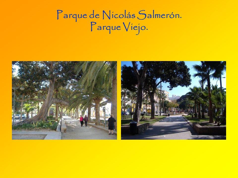 Parque de Nicolás Salmerón (s. XIX). Los Delfines (s. XX)