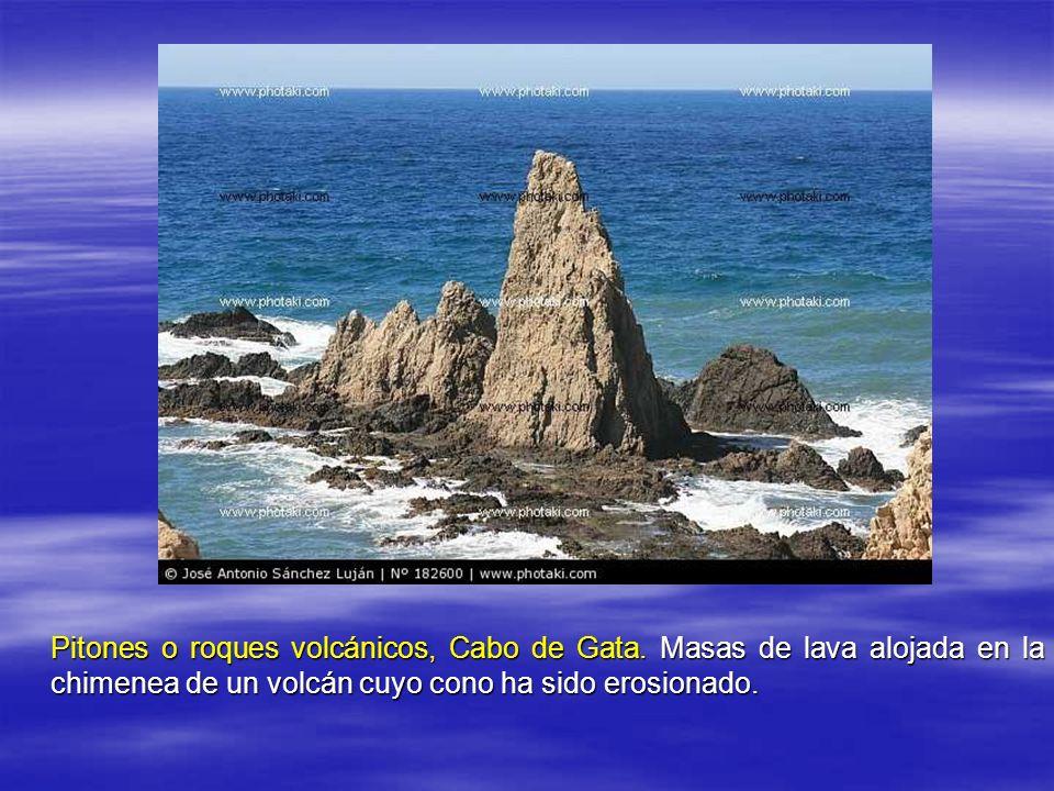 Pitones o roques volcánicos, Cabo de Gata.