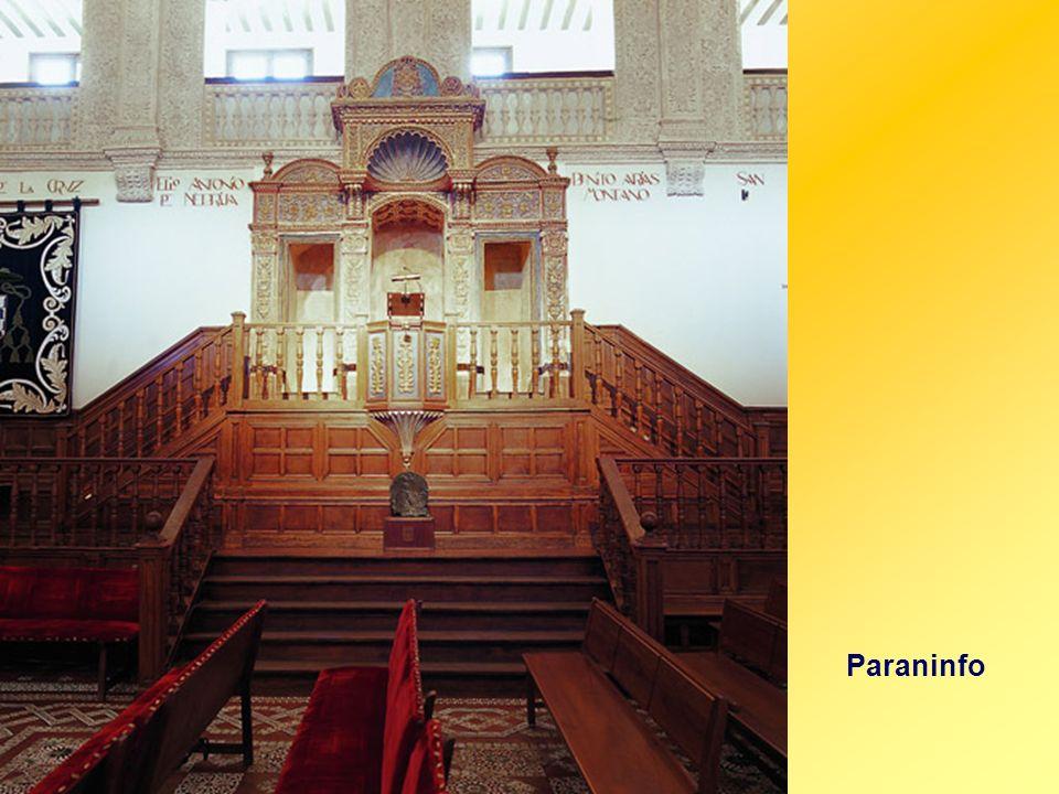 Patio Trilingüe. Hermoso claustro renacentista del último tercio del siglo XVI. Último espacio abierto de la Universidad cuyo objetivo era la enseñanz
