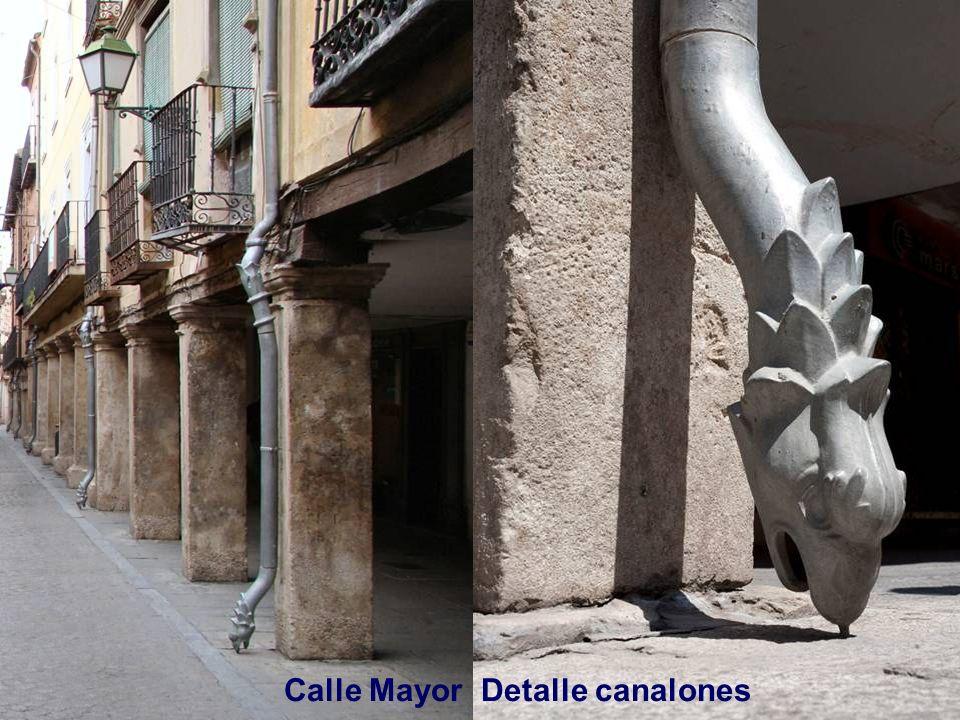 Calle Mayor es la más importantes del casco histórico, comercial y socialmente. Debe su origen a la antigua aljama judía de la ciudad en torno al sigl