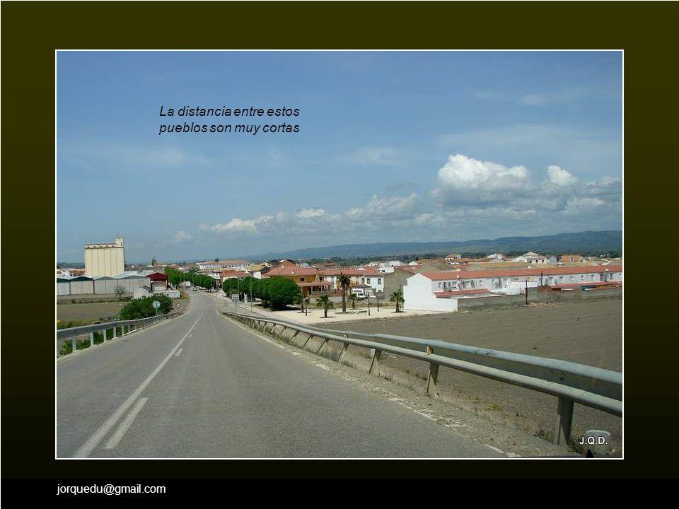 Dejamos Cazalilla y seguimos viaje tomando la dirección de Villanueva de la Reina.