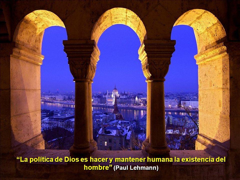 Dios es aquél que siempre calla desde el principio del mundo (M. de Unamuno)