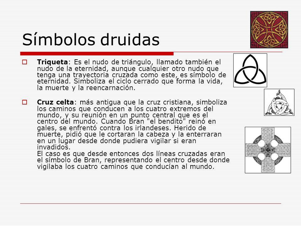 Símbolos druidas Triqueta: Es el nudo de triángulo, llamado también el nudo de la eternidad, aunque cualquier otro nudo que tenga una trayectoria cruz