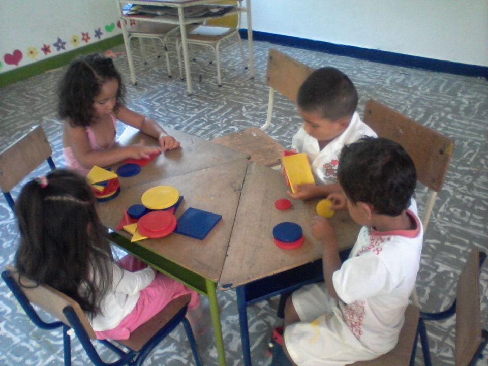 Fundación Amalai Con la donación de: Bloques lógicos por el valor de $100.000 Tapete aislante para piso Pago del primer mes de las madres educadoras J