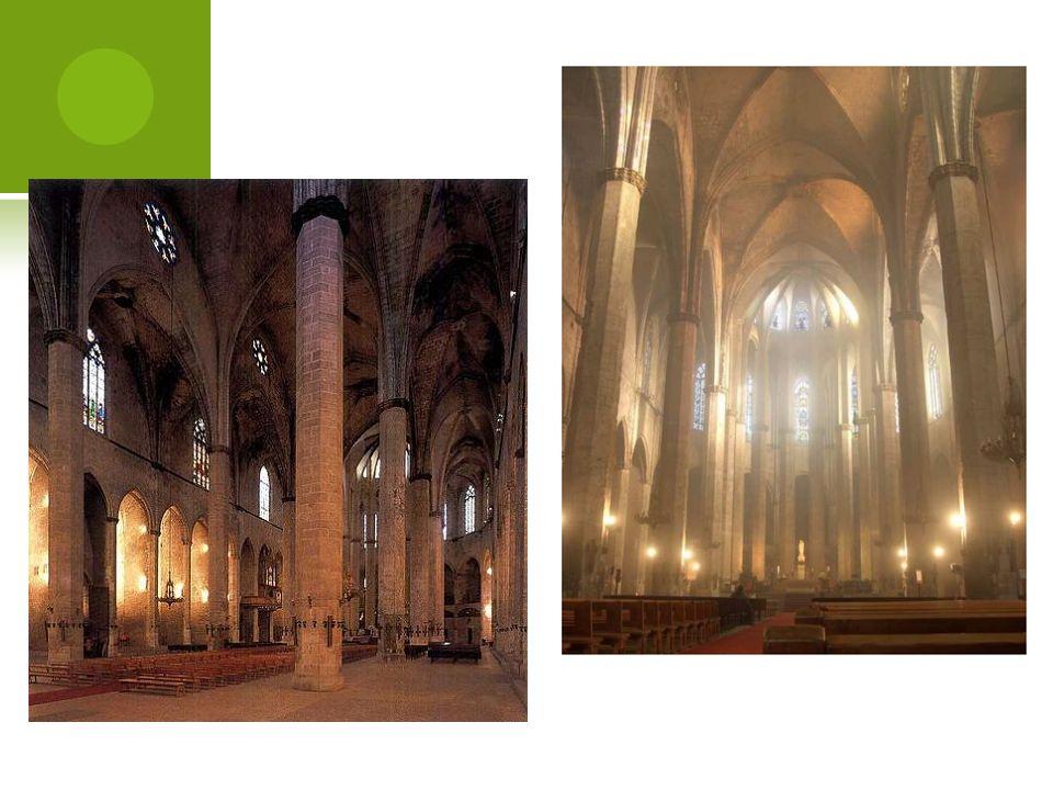 Son característicos del gótico catalán los campanarios de planta octogonal de tamaño pequeño.