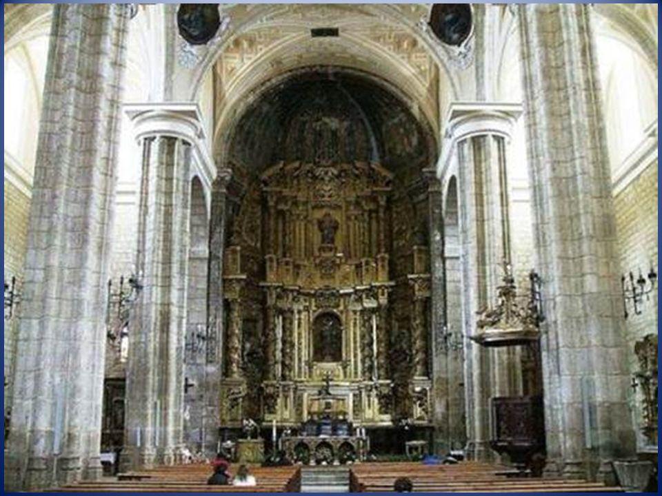 Iglesia parroquial de Santa Eugenia. De estilo renacentista (siglos XVI y XVII), reformada en épocas posteriores. En su sacristía se guardan varias ta