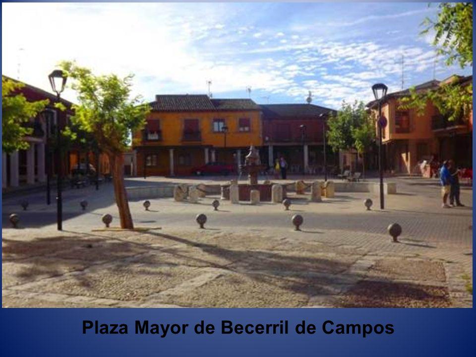 Plaza Mayor de Becerril de Campos