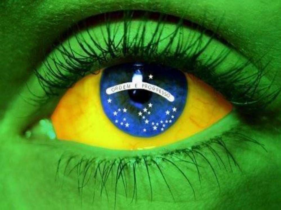 La bandera actual de Brasil se remonta a la bandera del Imperio de Brasil, diseñada en 1822.1822 Los símbolos de dicho emblema representan a las familias reales de Braganza y Habsburgo, a las que pertenecía la primera casa imperial.BraganzaHabsburgo