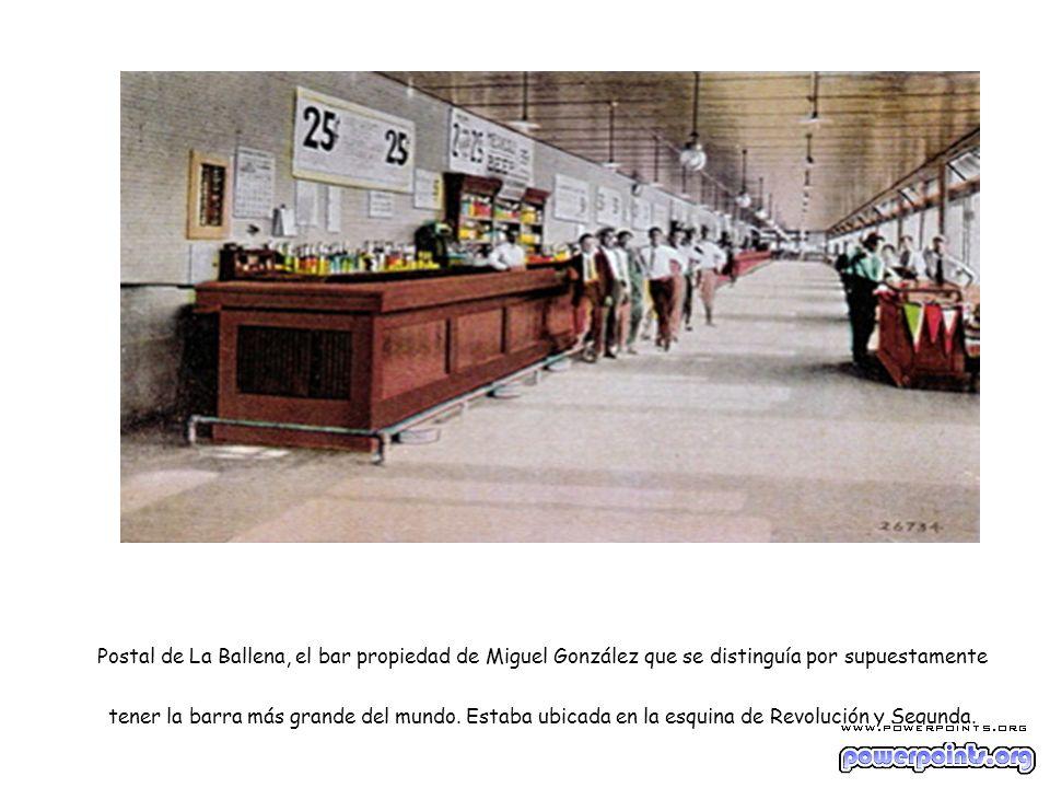 Postal de La Ballena, el bar propiedad de Miguel González que se distinguía por supuestamente tener la barra más grande del mundo. Estaba ubicada en l