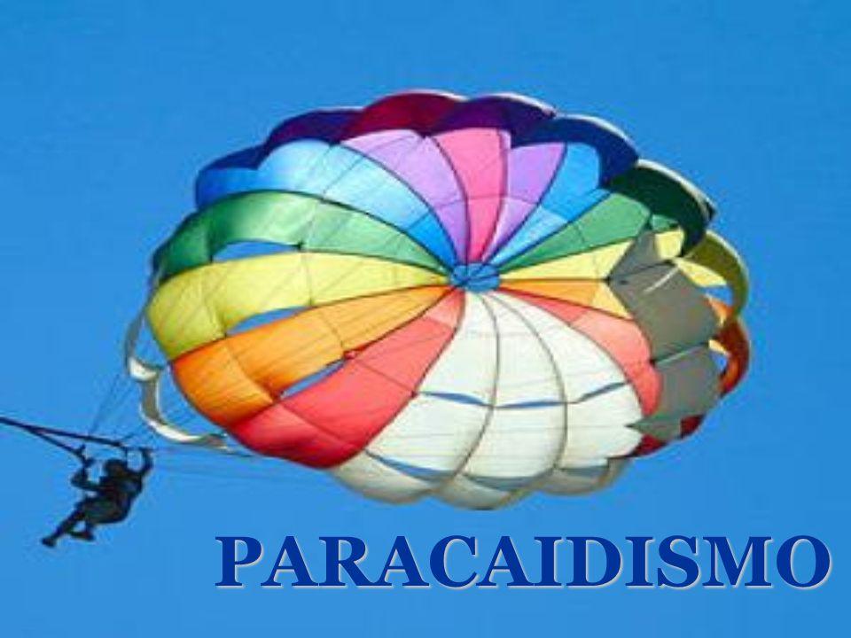 La siguiente forma para iniciarse en el paracaidismo es haciendo la iniciación al PAC (Curso de progresión acelerada en caída libre) * Éste consiste en la reducción del bautismo.