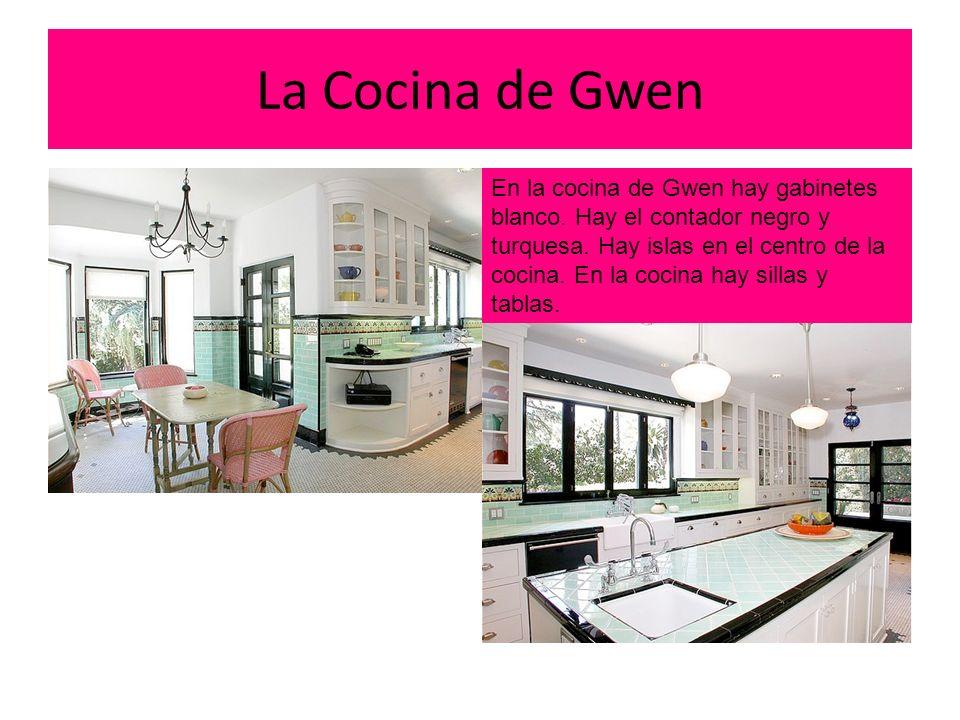 La Cocina de Gwen hhjggvguikhjhjvcghcgh En la cocina de Gwen hay gabinetes blanco.