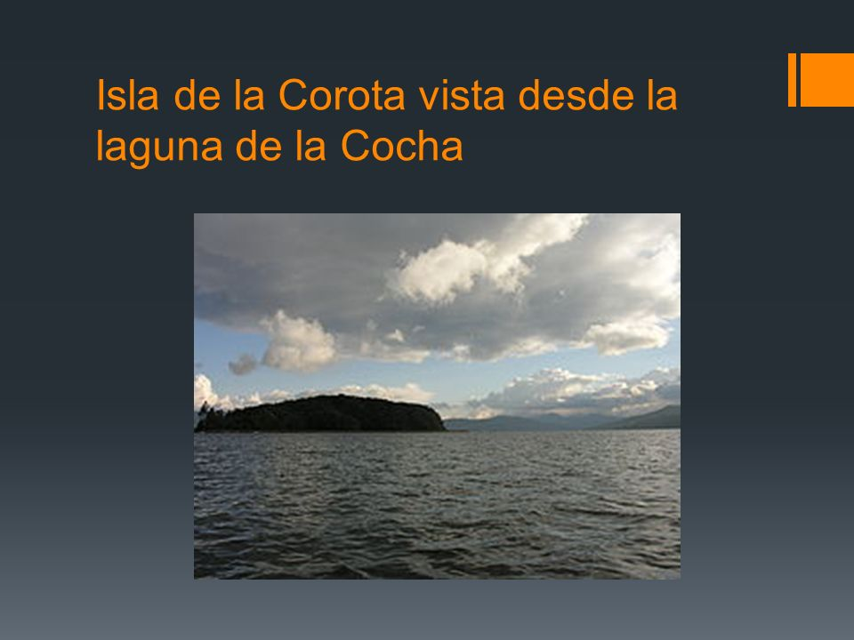 Isla de la Corota vista desde la laguna de la Cocha