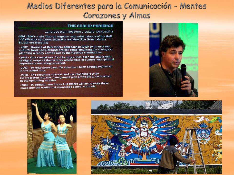 Medios Diferentes para la Comunicación - Mentes Corazones y Almas