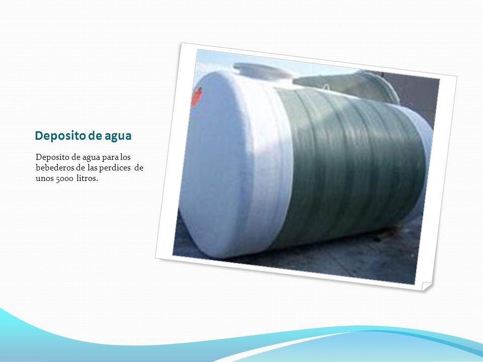 Deposito de agua Deposito de agua para los bebederos de las perdices de unos 5000 litros.