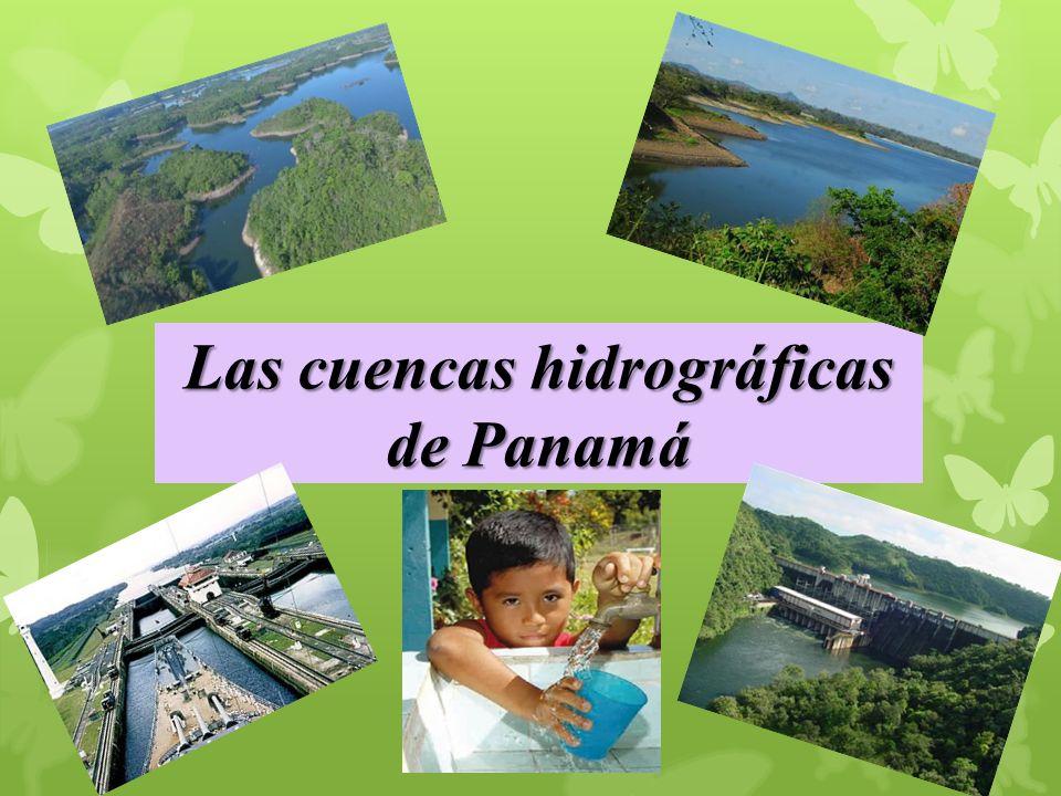También conocido antes como archipiélago de las Mulatas, es un conjunto de 365 pequeñas islas e islotes pertenecientes a Panamá situadas frente a la costa norte del Istmo, al este del Canal de Panamá, de las que solamente unas 80 están habitadas.
