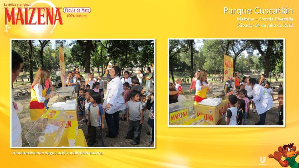 Niños recibiendo degustación pudin de manzana Parque Cuscatlán Parque Cuscatlán Maizena – Ciencia Divertida Sábado, 14 de julio de 2012