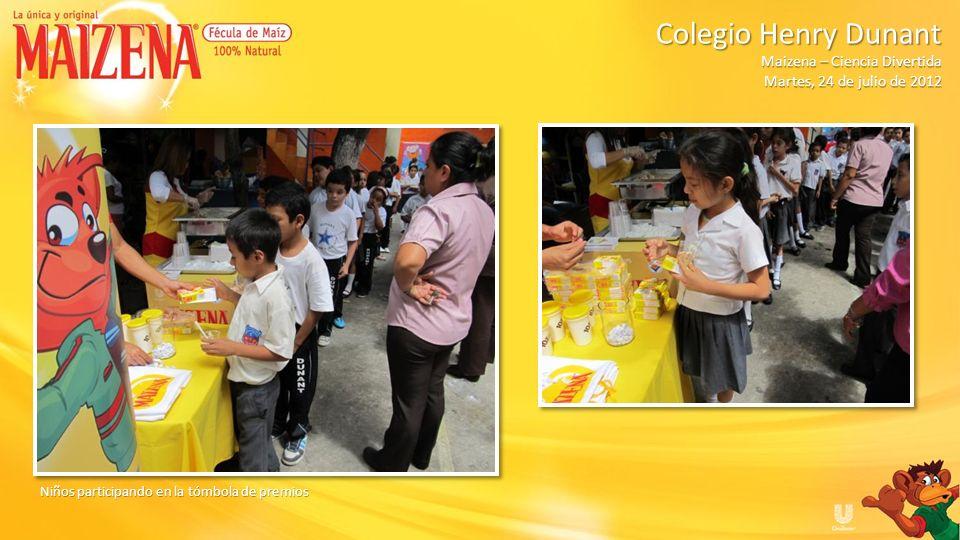 Niños participando en la tómbola de premios Colegio Henry Dunant Colegio Henry Dunant Maizena – Ciencia Divertida Martes, 24 de julio de 2012