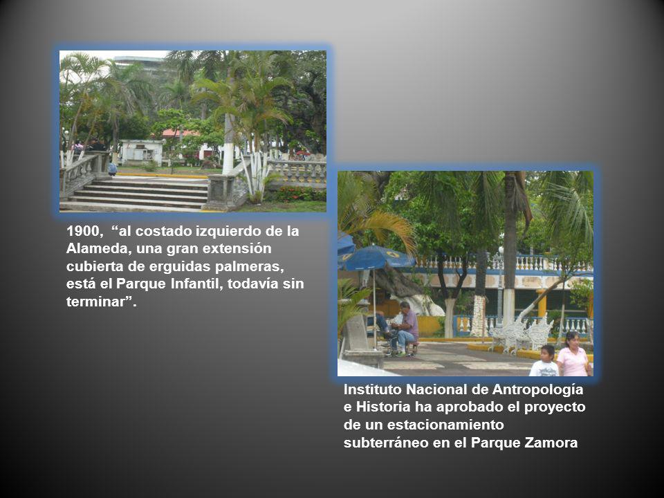1900, al costado izquierdo de la Alameda, una gran extensión cubierta de erguidas palmeras, está el Parque Infantil, todavía sin terminar. Instituto N