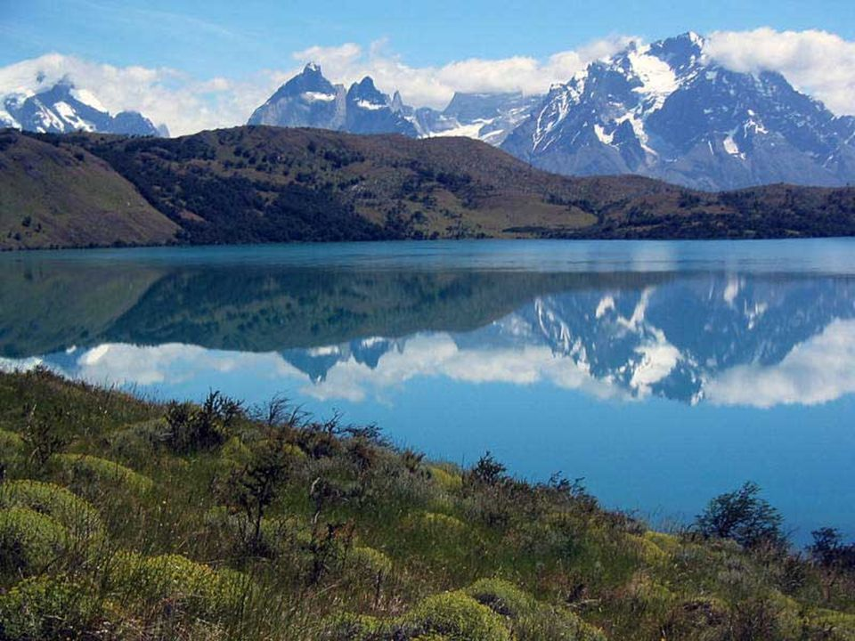 La zona sur de Chile comprende las regiones : Araucanía, Los Ríos y Los Lagos. Esta área es una de las más heterogéneas en cuanto a paisajes y activid