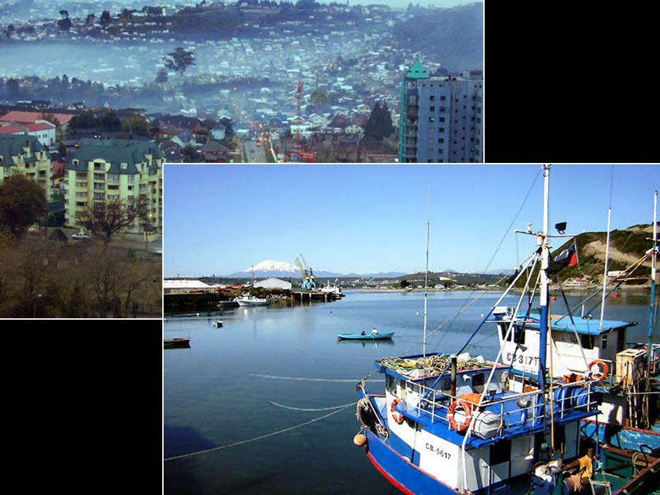 Al sur de Llanquihue, se encuentra la capital regional de Los Lagos, Puerto Montt, una ciudad encantadora por sus tradiciones y costumbres. Al sur de