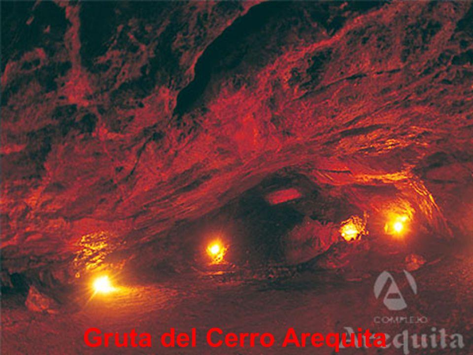 Cerro Arequita desde el aire